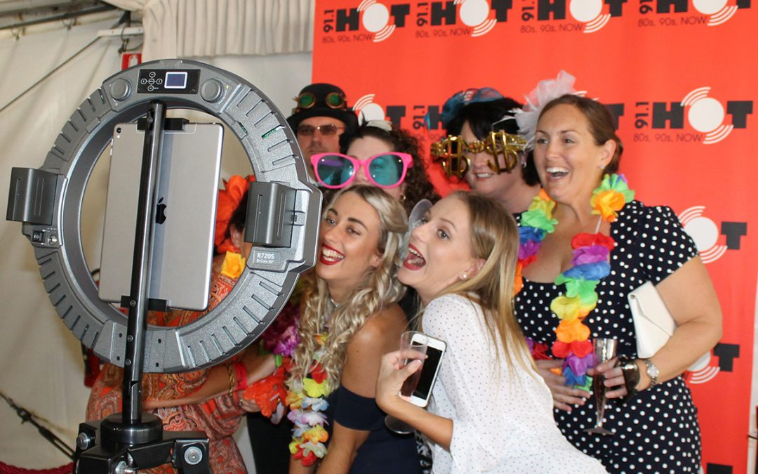 5 Reasons you Need a Photo Booth for Marketing